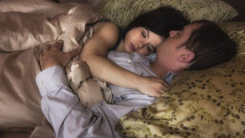 No holds barred: The professional 'cuddler' who makes $260 a day by inviting strangers to take a nap with her at home