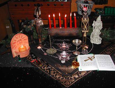 how to set up an altar wicca